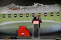 Gianni De Gennaro Leonardo President<br /> Cerimonia di consegna della 1500 fusoliera di un ATR costruita  nella Leonardo di Pomigliano D'arco<br /> <br /> Ceremony of Delivery  of 1500th   fusolage  at ATR by Leonardo plant in Pomigliano d'arco