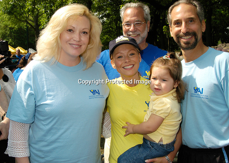 Cathy Moriority & Kelly Ripa & Lola & Dr Phil Levy                                    ..at the Yai Central Park Challenge celebrating people with ..Disabilities  on May 31, 2003 in Central Park in ..New York City...Photo by Robin Platzer, Twin Images ..