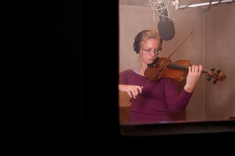 18392Heather Kufchak playing violin for marketing campaign video