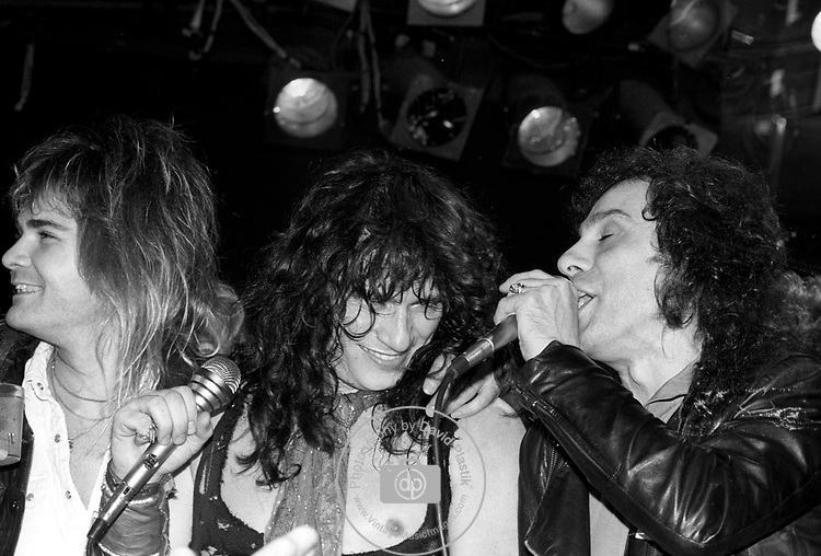 Ronnie James Dio, Paul Shortino, Carlos Cavaso