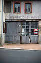 21/10/16 - MONTAIGUT EN COMBRAILLES - ALLIER - FRANCE - Commerce ferme dans le Bourbonnais - Photo Jerome CHABANNE