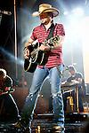 Jason Aldean CMT Awards Live Show 2013