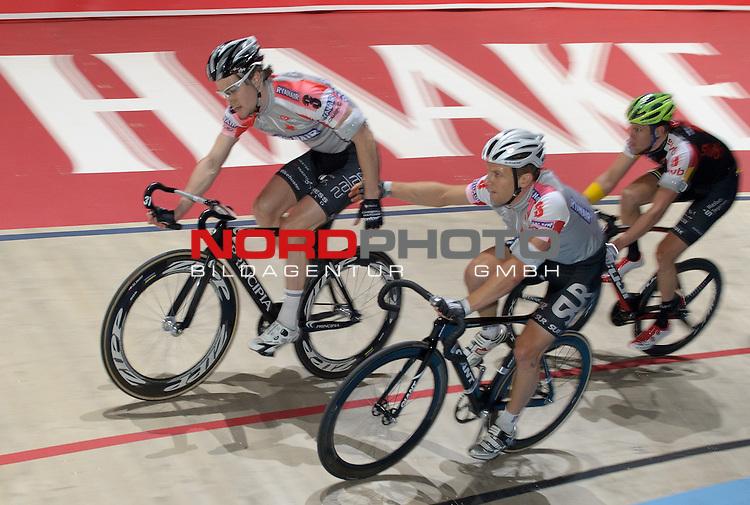 12.01.2014, &Ouml;VB Arena, Bremen, GER, Sixdays Bremen, im Bild Andreas M&uuml;ller / Marc Hester (Team Ryanair #3)<br /> <br /> Foto &copy; nordphoto / Frisch