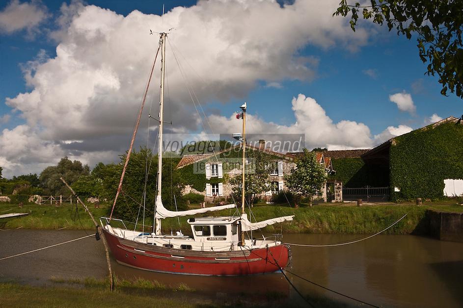 Europe/France/Aquitaine/33/Gironde/Estuaire de la Gironde/Jau:  Port de Richard