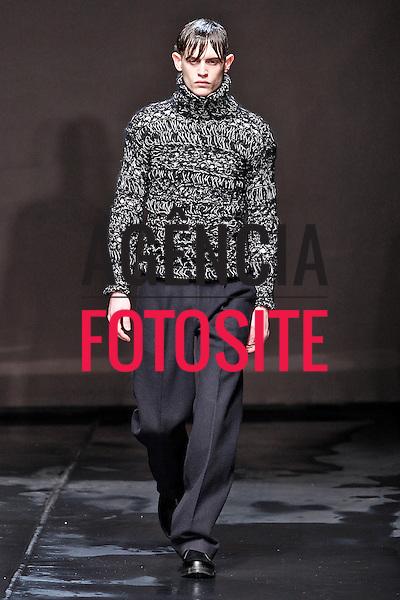 Londres, Inglaterra – 06/01/2014 - Desfile de Topman durante a Semana de moda masculina de Londres - Inverno 2014. <br /> Foto: FOTOSITE