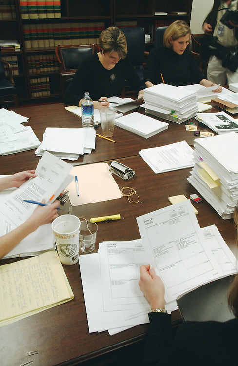 1/17/02.PROBE OF ENRON CORPORATION COLLAPSE--Staff for the House Energy and Commerce Committee sift through Enron Corporation documents at the Ford House Office Building..CONGRESSIONAL QUARTERLY PHOTO BY SCOTT J. FERRELL