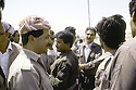 Irak 1991.Au poste de controle de Kore, retour de Bagdad de Massoud Barzani.Iraq 1991.Checkpoint in Kore, massoud Barzani coming back from Bagdad