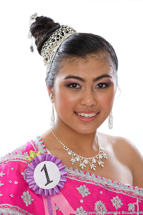 Jessica Le, contestant for Miss Songkran pageant, poses during the Lao New Year celebration at Wat Lao Thepnimith in Fort Worth on April 24, 2010.  (photo by Khampha Bouaphanh)