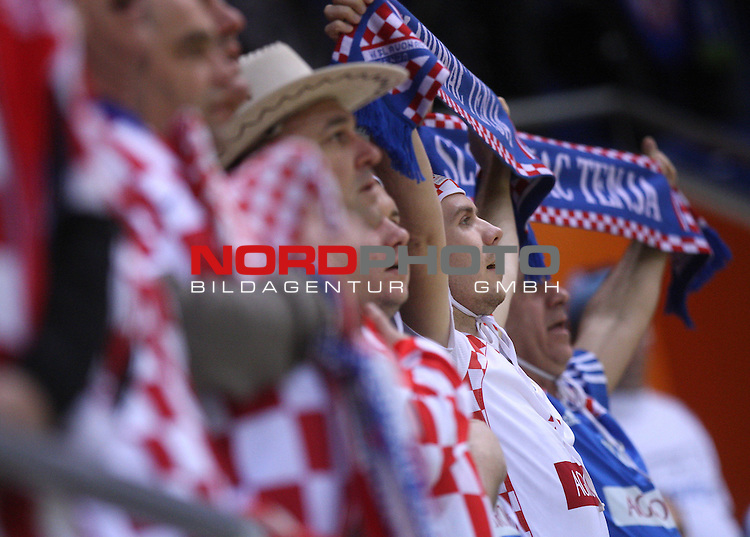 18.01.2012., Millennium Hall, Vrsac, Srbija - 10th men's european handball championship, group D, Slovenia - Croatia. Croatian supporters. <br /> <br /> Foto &copy;  nph / PIXSELL / Antonio Bronic