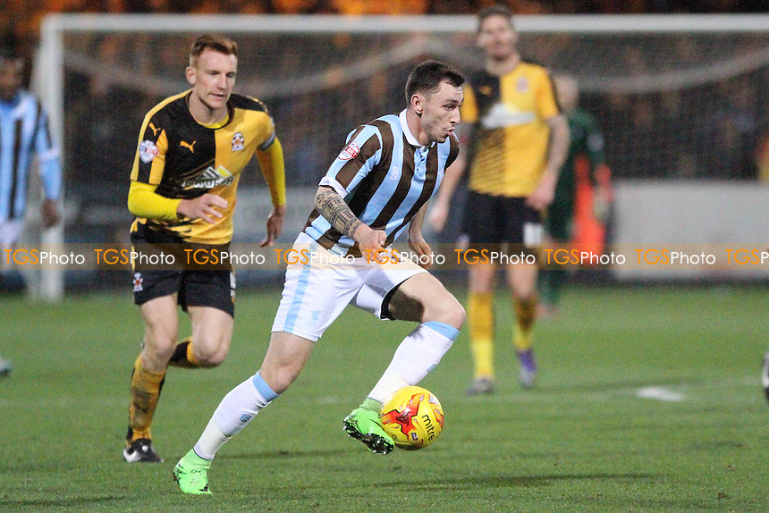 Nathan Thomas of Mansfield Town runs with the ball during Cambridge United vs Mansfield Town, Sky Bet League 2 Football at the Abbey Stadium, Cambridge, England on 19/12/2015