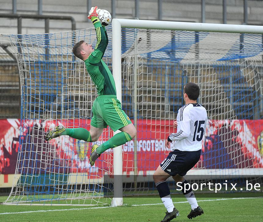 Scotland U19 - Belgium U19 : Jack Hamilton with the jump.foto DAVID CATRY / Nikonpro.be