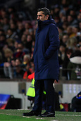 11th January 2018, Camp Nou, Barcelona, Spain; Copa del Rey football, round of 16, 2nd leg, Barcelona versus Celta Vigo; Ernesto Valverde of FC Barcelona gives instructions to his players