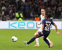 20191116 – LYON ,  FRANCE ; Lyon's Lucy Bronze and PSG's Perle Morroni in action during a women's D1 soccer game between Olympique Lyonnais and PARIS SG on the 9th matchday of the French Women's first league , D1 of the 2019-2020 season , Saturday 16 th November 2019 at the Groupama stadium in Lyon , France . PHOTO SPORTPIX.BE   SEVIL OKTEM