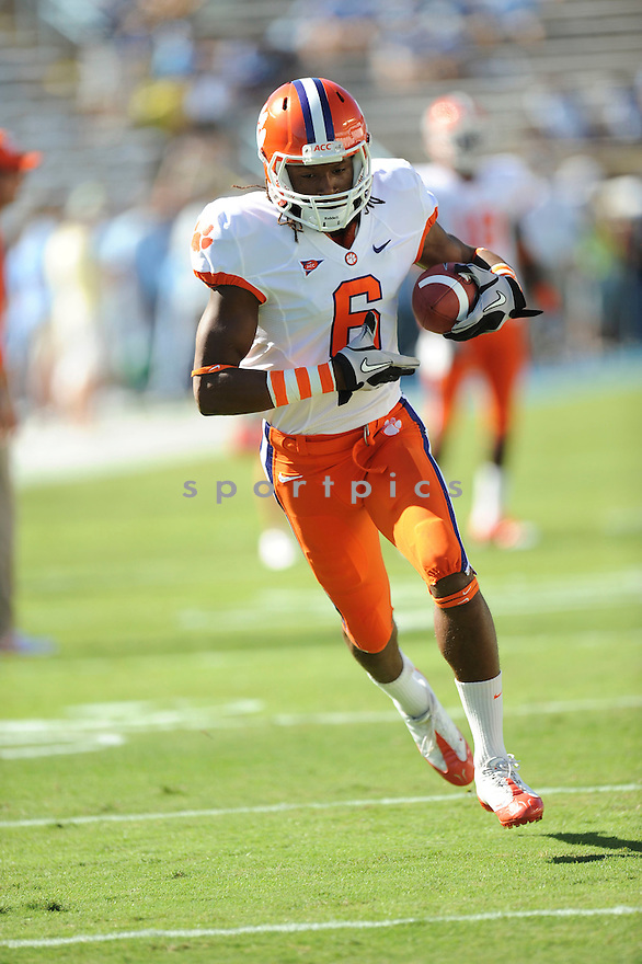 DEANDRE HOPKINS, of the Clemson Tigers, in action during the Clemson Tigers game against the North Carolina Tarheels at Kenan Stadium on October 09, 2010  in Chapel Hill, NC..North Carolina 21 beats Clemson 16.