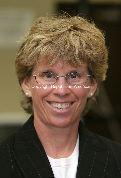 WATERTOWN, CT 06/30/08- 063008BZ06- Karen Baldwin was hired as superintendent of Watertown schools during a board of education meeting at the High School Monday.<br /> Jamison C. Bazinet Republican-American