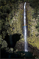 A hint of rainbow with Akaka Falls on the Big Island