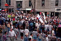 Montreal (Qc) CANADA - July 17, 1998<br /> -File Photo -<br /> Twins parade at Just for laugh festival<br /> photo (c) Pierre Roussel - Images Distribution