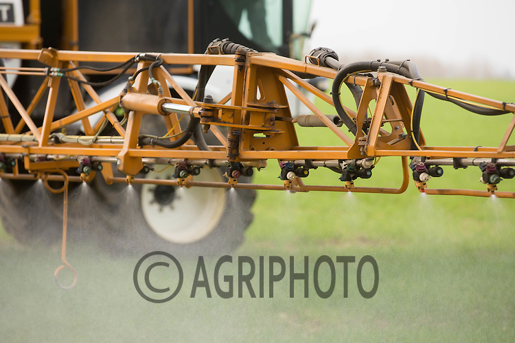 Spraying growth regulator and fungicide on to Winter wheat<br /> Picture Tim Scrivener 07850 303986