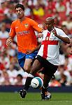 Inter Milan's Olivier Dacourt and Valencia's Javier Arizmendi.Pic SPORTIMAGE/Simon Bellis..Pre-Season Friendly..Internazionale v Valencia..28th July, 2007..--------------------..Sportimage +44 7980659747..admin@sportimage.co.uk..http://www.sportimage.co.uk/