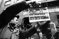 SARAJEVO / BOSNIA 3/1996.SUL SET DEL PRIMO FILM BOSNIACO DEL DOPO-GUERRA. 'PERFECT CIRCLE' DI ADEMIR KENOVIC RACCONTA L'ASSEDIO DELLA CAPITALE BOSNIACA ATTRAVERSOLE VICENDE DI PERSONE COMUNI. E' STATO PREMIATO AL FESTIVAL DEL CINEMA DI CANNES NEL 1997..FOTO LIVIO SENIGALLIESI