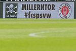 22.07.2017, Millerntor-Stadion, Hamburg, GER, FSP, FC St. Pauli vs SV Werder Bremen<br /> <br /> im Bild<br /> Anzeigetafel / Bande, Paarung, Feature, <br /> <br /> Foto &copy; nordphoto / Ewert