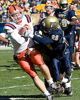 03 November 2007: Syracuse quarterback Andrew Robinson (with ball)..The Pitt Panthers defeated the Syracuse Orange  20-17 on November 03, 2007 at Heinz Field, Pittsburgh, Pennsylvania.