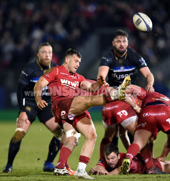 Gareth Davies of the Scarlets box-kicks the ball. European Rugby Champions Cup match, between Bath Rugby and the Scarlets on January 12, 2018 at the Recreation Ground in Bath, England. Photo by: Patrick Khachfe / Onside Images