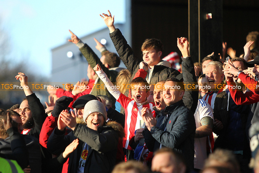 Sunderland fans celebrate a goal during Crystal Palace vs Sunderland AFC, Premier League Football at Selhurst Park on 4th February 2017