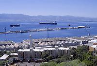 - the Bay of Gibraltar view from the Rock, with merchant ships  in transit at anchor<br /> <br /> - la rada di Gibilterra vista dalla Rocca, con le navi mercantili in transito alla fonda
