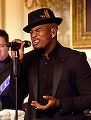 NE-YO performs for United States President Barack Obama and President XI Jinping of China during a State Dinner in the State Dining Room of the White House in Washington, DC on Friday, September 25, 2015.<br /> Credit: Ron Sachs / CNP
