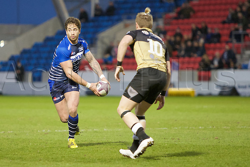 08.04.2016. AJ Bell Stadium, Salford, England. European Champions Cup. Sale versus Montpellier. Sale Sharks fly-half Danny Cipriani passes the ball around Montpellier fly-half Ben Lucas.