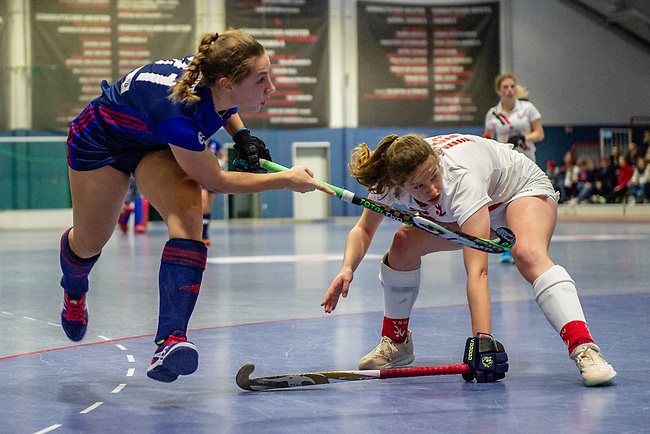 Mannheim, Germany, January 03: During the 1. Bundesliga women indoor hockey match between TSV Mannheim and Mannheimer HC on January 3, 2020 at Primus-Valor Arena in Mannheim, Germany. Final score 4-4. (Photo by Dirk Markgraf / www.265-images.com) *** Isabella Schmidt #31 of Mannheimer HC
