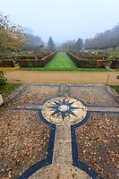 France, Loir-et-Cher (41), Cellettes, Château de Beauregard et parc, le jardin des Portraits en automne imaginé par Gilles Clément