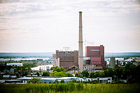 The natural gas powered power plant of NRG Energy on the Arthur Kill in Staten Island in New York on Saturday, May 20, 2017. (© Richard B. Levine)