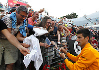 Il serbo Novak Djokovic firma autografi ai fans al termine della finale degli Internazionali d'Italia di tennis a Roma, 17 maggio 2015.<br /> Serbia's Novak Djokovic signs autographs to fans after winning the final of the italian Masters tennis in Rome, 17 May 2017.<br /> UPDATE IMAGES PRESS/Riccardo De Luca