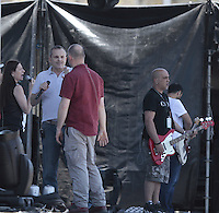 paparazzi EXCLUSIVO a Miguel Bose  y Ximena Sari&ntilde;ana durante un ensayo esta tarde donde por la noche ofreceran concierto en la Explanada de Poliforum de Leon Guanajuato el 8 mayo 2013.<br /> <br /> *Foto:TiradorTercero/NortePhoto*)