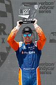 Scott Dixon, Chip Ganassi Racing Hondacelebrates on the podium