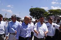 SÃO PAULO, SP, 11 DE MARÇO DE 2010 - VISTORIA SÃO PAULO INDY 300 - Na tarde desta quinta-feira, o prefeito da cidade Gilberto Kassab (d), ao lado do secretário dos transportes Alexandres de Moraes (e), do presidente da SPTuris Caio de Carvalho e organizadores do evento fizeram uma última vistoria das obras da São Paulo Indy 300, que acontece no próximo final de semana na região norte da capital paulista. (FOTO: WILLIAM VOLCOV / AGÊNCIA NEWS FREE).