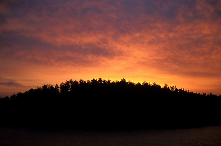 Washington: San Juan Island, sunrise, photo: warain106  .Photo copyright Lee Foster, www.fostertravel.com, 510/549-2202, lee@fostertravel.com