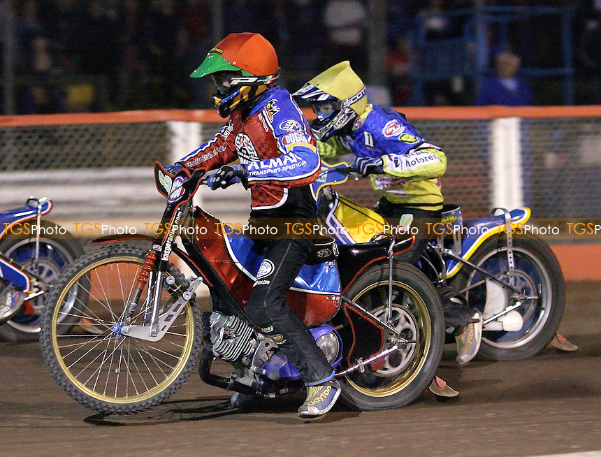Heat 12 - Kasprzak (red), Kroner - Lakeside Hammers vs Ipswich Witches - Sky Sports Elite League B Speedway at Arena Essex - 25/05/07 - MANDATORY CREDIT: Gavin Ellis/TGSPHOTO - SELF-BILLING APPLIES WHERE APPROPRIATE. NO UNPAID USE -  Tel: 0845 0946026