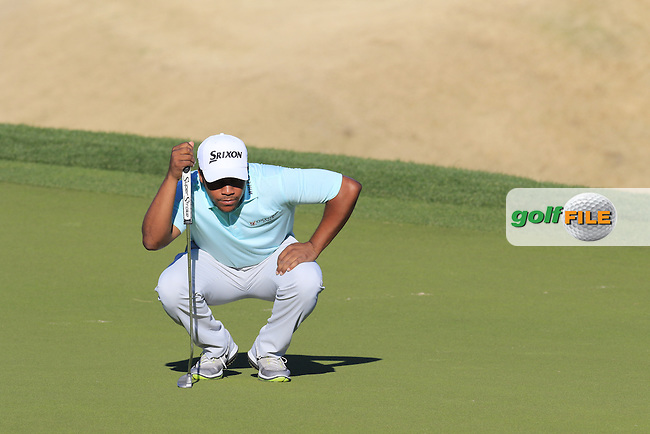 Harold Varner III (USA) lines up his putt on 16th green during Saturday's Round 3 of the 2017 CareerBuilder Challenge held at PGA West, La Quinta, Palm Springs, California, USA.<br /> 21st January 2017.<br /> Picture: Eoin Clarke | Golffile<br /> <br /> <br /> All photos usage must carry mandatory copyright credit (&copy; Golffile | Eoin Clarke)