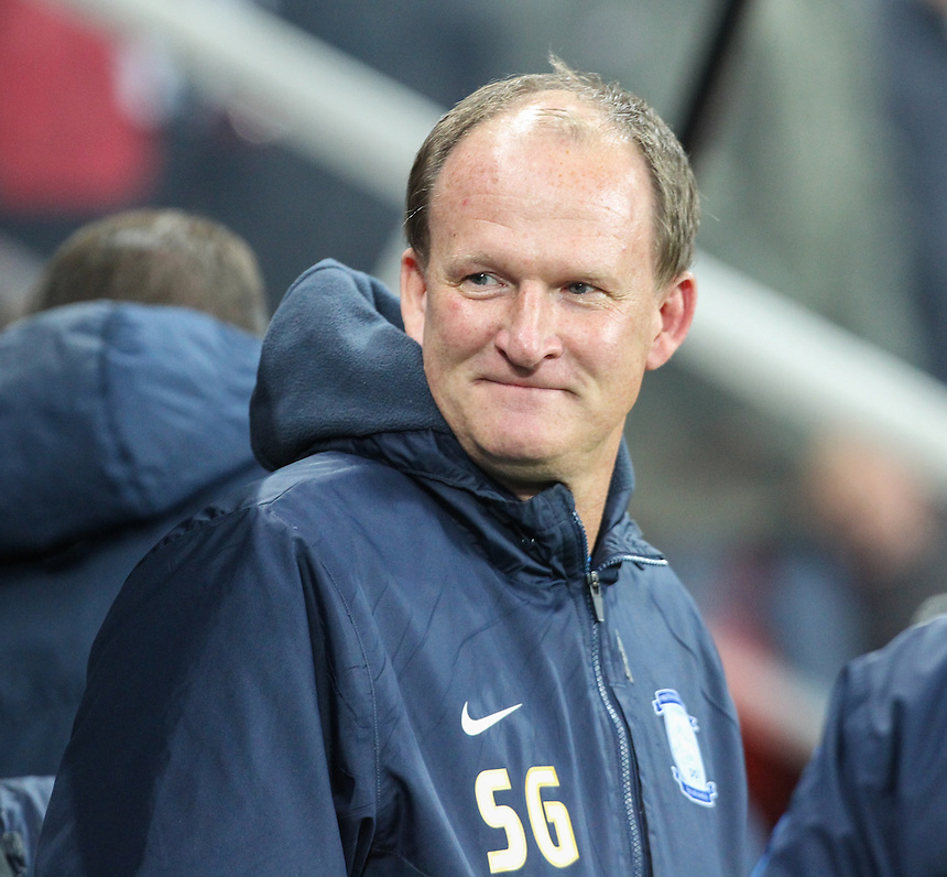 Preston North End manager Simon Grayson <br /> <br /> Photographer Alex Dodd/CameraSport<br /> <br /> The EFL Cup 4th Round - Newcastle United v Preston North End - Tuesday 25th October 2016 - St James' Park - Newcastle<br />  <br /> World Copyright &copy; 2016 CameraSport. All rights reserved. 43 Linden Ave. Countesthorpe. Leicester. England. LE8 5PG - Tel: +44 (0) 116 277 4147 - admin@camerasport.com - www.camerasport.com