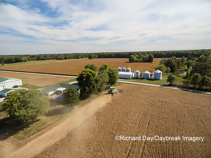 63801-09417 Soybean Harvest, John Deere combine harvesting soybeans - aerial - Marion Co. IL