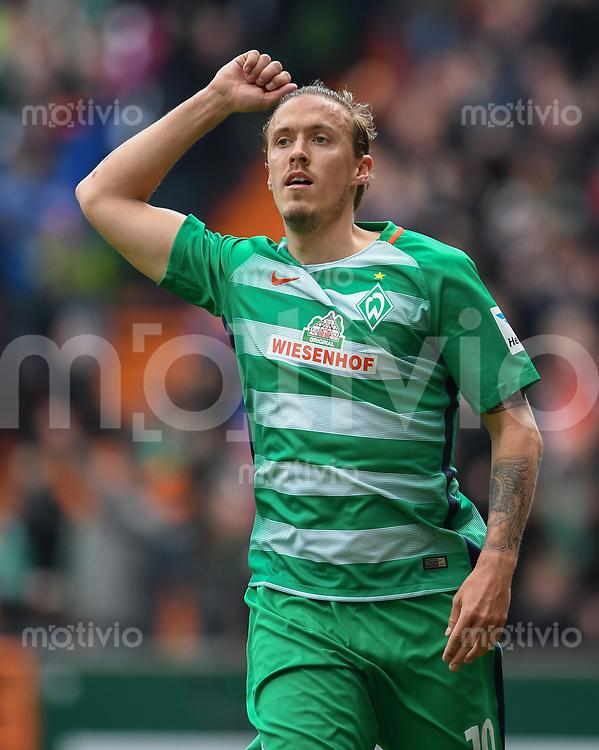 FUSSBALL     1. BUNDESLIGA      31. SPIELTAG    SAISON 2016/2017  SV Werder Bremen - Hertha BSC Berlin                          29.04.2017 Max Kruse (SV Werder Bremen) bejubelt seinen Treffer zum 2:0