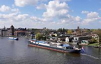 Nederland Zaanstad - april 2019.  Binnenvaart op de Zaan.  Foto Berlinda van Dam / Hollandse Hoogte