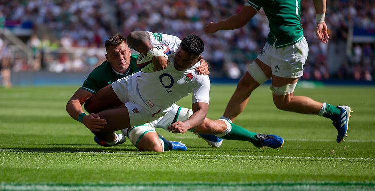 England's Manu Tuilagi scores his sides third try<br /> <br /> Photographer Bob Bradford/CameraSport<br /> <br /> Quilter Internationals - England v Ireland - Saturday August 24th 2019 - Twickenham Stadium - London<br /> <br /> World Copyright © 2019 CameraSport. All rights reserved. 43 Linden Ave. Countesthorpe. Leicester. England. LE8 5PG - Tel: +44 (0) 116 277 4147 - admin@camerasport.com - www.camerasport.com