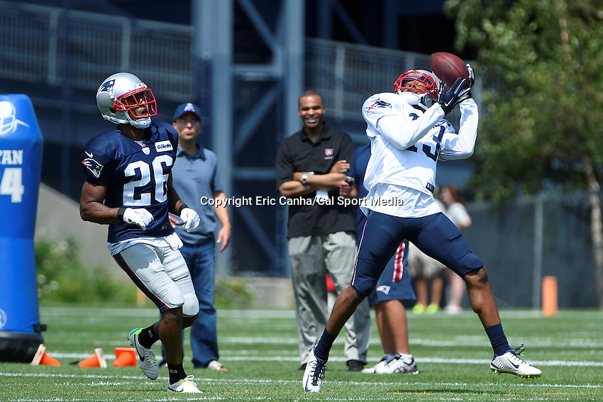 August 4, 2015: New England Patriots wide receiver Brandon Gibson (13) makes a catch during the New England Patriots training camp held on the practice field at Gillette Stadium, in Foxborough, Massachusetts. Eric Canha/CSM