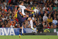 02/09/2012 - Liga Football Spain, FC Barcelona vs. Valencia CF Matchday 3 - Roberto Soldado, striker from Valencia CF (right) tries to control the ball against MAscherano, argentinian defense from FC BArcelona (left)