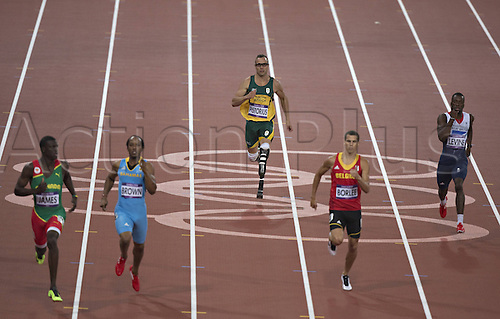05 08 2012 London England. Summer 2012 Olympic Games.  Right Nigel Levine GBR Jonathan Borlee BEL Oscar Pistorius South Africa Chris Brown Bah Kirani James GRN 400m Semi-finals for Men