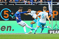 Marcel Heller (SV Darmstadt 98) gegen Thilo Kehrer (FC Schalke 04) und Johannes Geis (FC Schalke 04) - 16.04.2017: SV Darmstadt 98 vs. FC Schalke 04, Johnny Heimes Stadion am Boellenfalltor